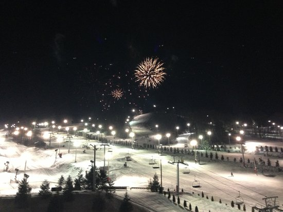 Bear Creek Mountain Resort : News years eve fireworks