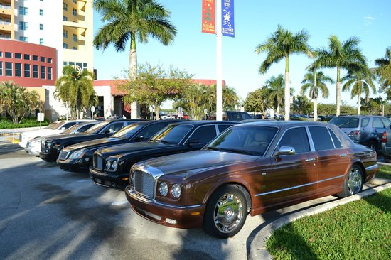 Miccosukee Resort and Conference Center: Rolls, Bentley and Maybach