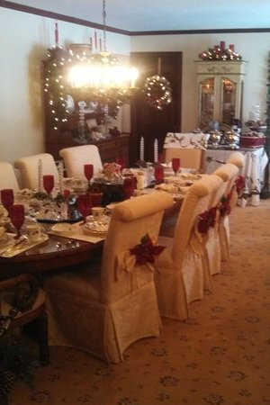 Alexandria, : Willowbrooke Dining Room