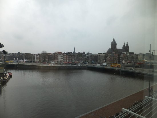 DoubleTree by Hilton Hotel Amsterdam Centraal Station: View from our room.