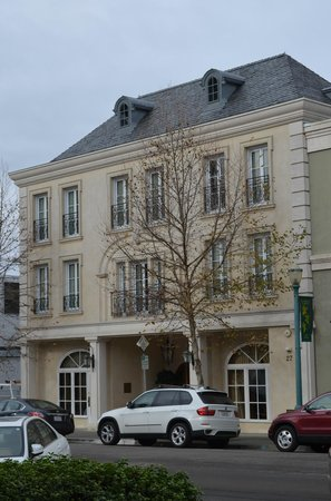 Hotel Les Mars, Relais &amp; Chateaux: Exterior of the hotel