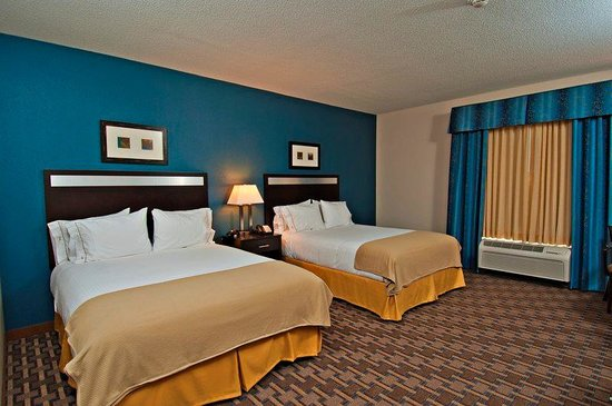 Morton, IL: Our spacious two Queen standard room.