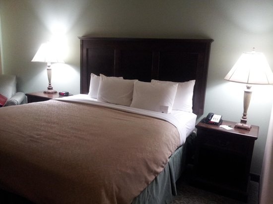 Country Inn &amp; Suites Asheville West: Cozy and relaxing!!