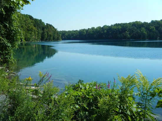 Green Lakes State Park: Nice view