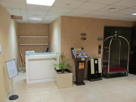 Grand Midwest Tower Hotel Apartments: Empfang - Grand Midwest Dubai