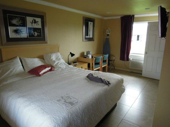 Everglades City Motel: Chambre avec lit king size