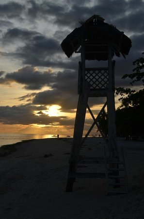 Bohol Beach Club: sunset