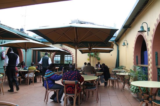 The 10 best restaurants near nairobi upper hill hotel for Pool garden restaurant nairobi
