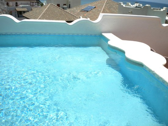 Cap Maison: Rooftop pool