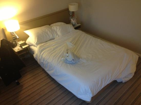 Hilton Garden Inn Bristol City Centre: Queen bed?