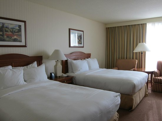 Hilton Portland &amp; Executive Tower: Double bed