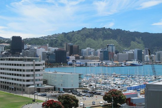 Copthorne Hotel Wellington Oriental Bay: View from rooms on the bay side