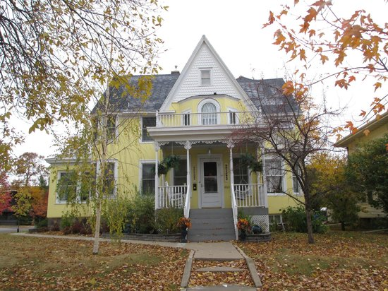 Hibbing, MN: Mitchell-Tappan House