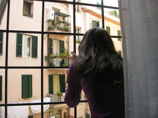 Hotel Maikol Rome: View from our window overlooking courtyard
