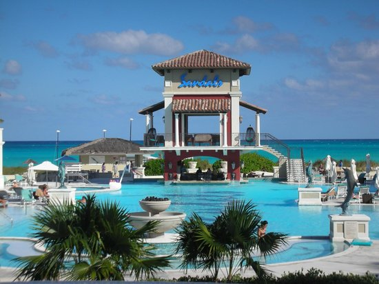 Sandals Emerald Bay: Main Pool