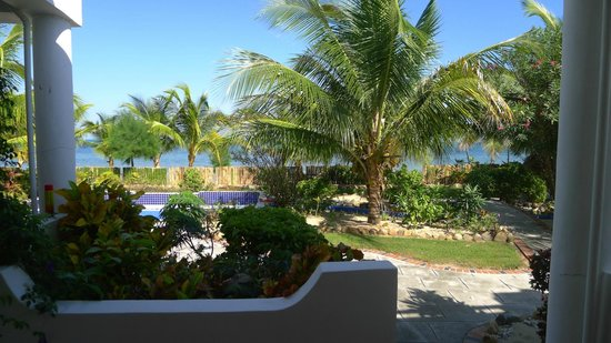Sarkiki Reef Resort : View from room
