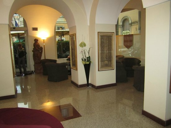 Albergo Santa Chiara : Lobby 