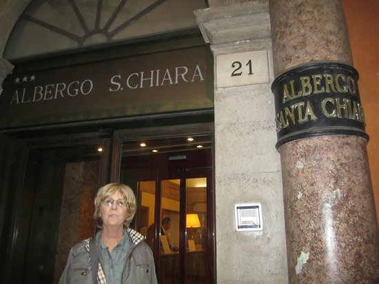 Albergo Santa Chiara : Entrance 
