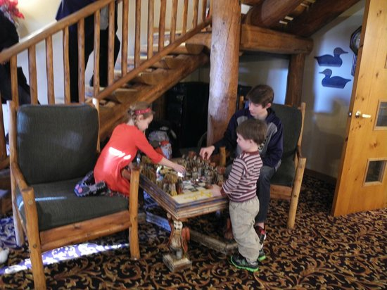 """Lodge at Grant's Trail by Orlando's: children love """"playing chess"""" in a nook under the stairs"""