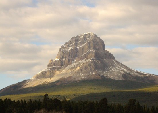 Crowsnest Pass, Canada: Crowsnest Mountain