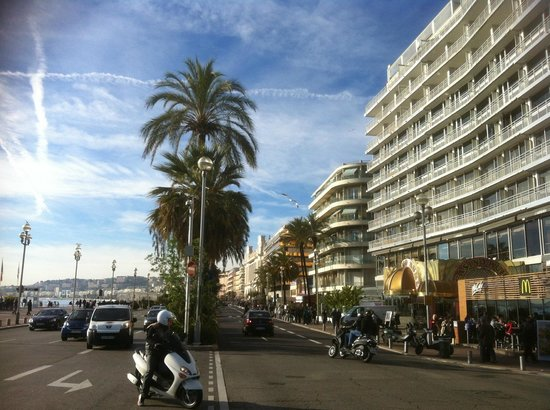 Le Meridien Nice: The Hotel Exterior at Promenade des Anglies (The English Walk)