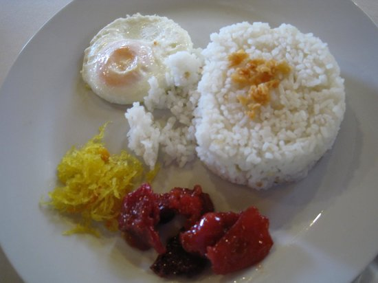 Balete, Filippinerna: tocino breakfast
