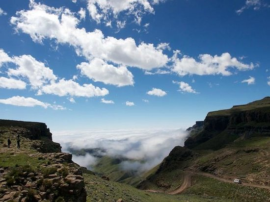 Sani Pass, : Sani Mountain Lodge view of Sani Pass
