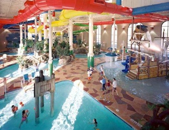 Caribbean Cove Hotel & Conference Center: Water Park