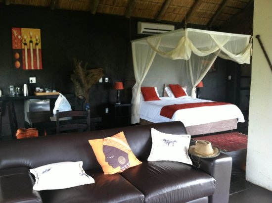 Ezulwini Game Lodges: our room