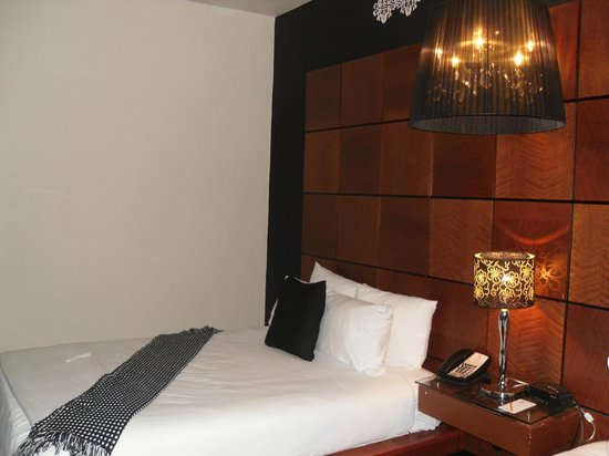 Chesterfield Hotel: Room
