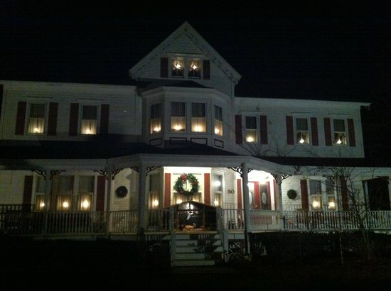 The Dominion House: A warm holiday welcome!