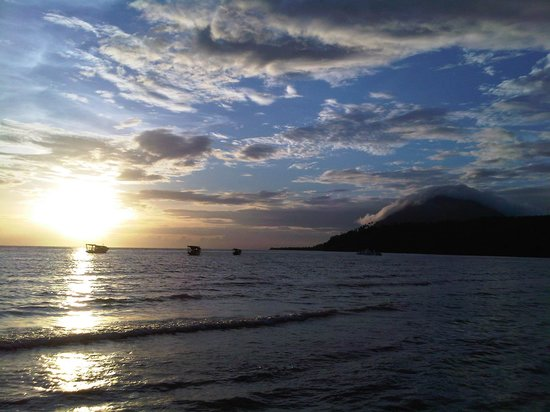 Froggies Divers: Bunaken Sunset