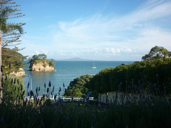 The Torbay Manor: Stunning view just before sunset