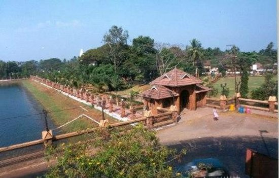 Hotels Near Kozhikode Beach