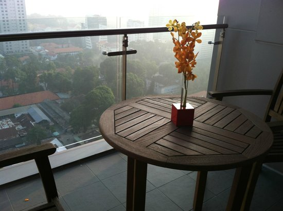 InterContinental Asiana Saigon Residences: balcony