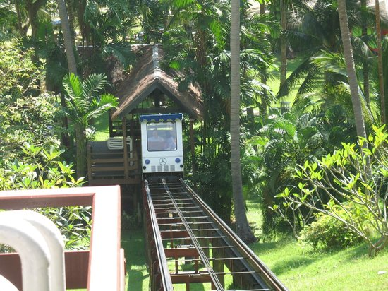 Cape Panwa Hotel: Tram to beach