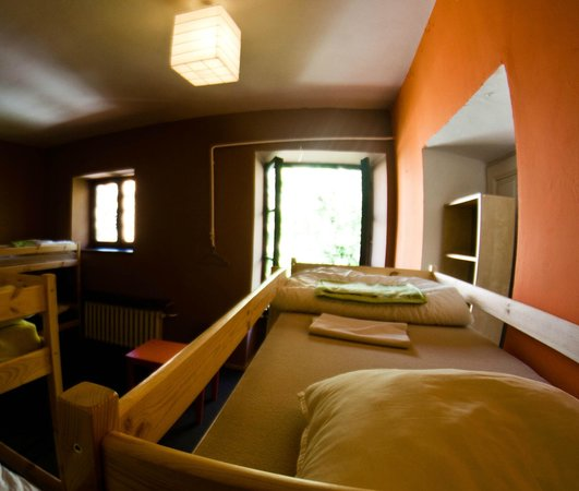 Krakow Backpackers Hostel: 10 bed dorm