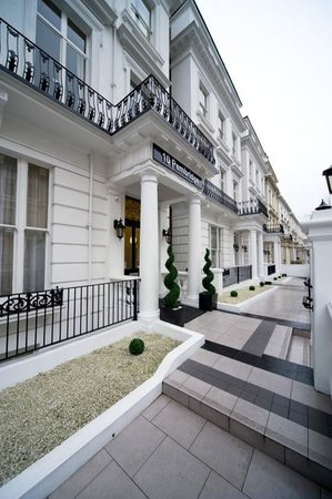 Photo of MiNC Notting Hill Suites London