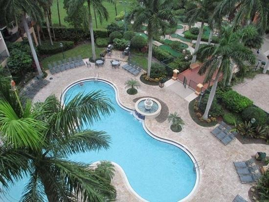 Wyndham Palm-Aire: pool area