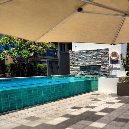 Sebel Residence East Perth: Pool area