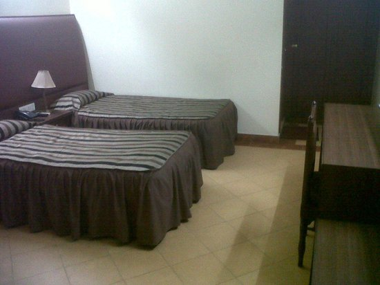 Kalinga Hotel : Double Bed room