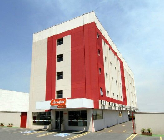 Arco Hotel Express Sao Carlos