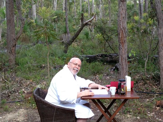 Forest Rise Eco Retreat: Me writing a book in the middle of the bush @ Forest Rise