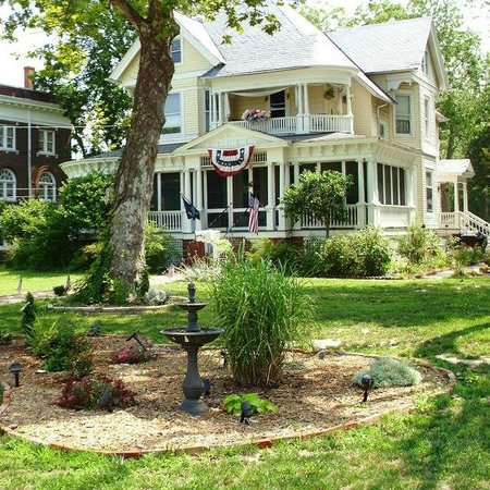 Photo of Marquis Manor Bed And Breakfast Crisfield