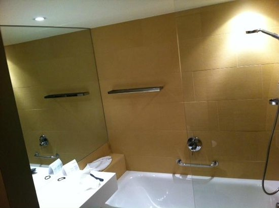 Austria Trend Hotel Park Royal Palace Vienna: bathroom