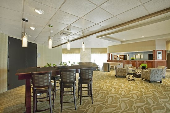 ‪BEST WESTERN PLUS Madison-Huntsville Hotel‬