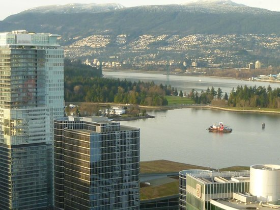 Club Intrawest - Vancouver: View from room