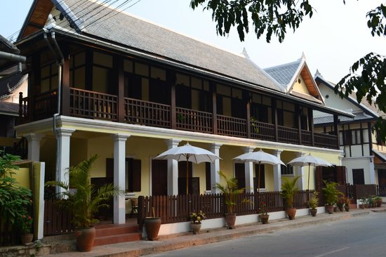 Villa Somphong