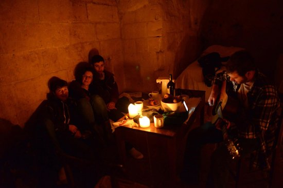 Sextantio Le Grotte della Civita: In our cosy room