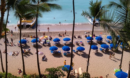 Outrigger Waikiki on the Beach: A reminder - the blue umbrellas are not part of the Outrigger
